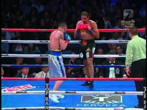 Vanes Martirosyan vs Saul Roman - Round 7